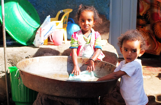 kinderen wassen WMH 535