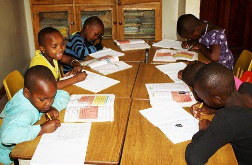 tanzania schoolkinderen 2 520