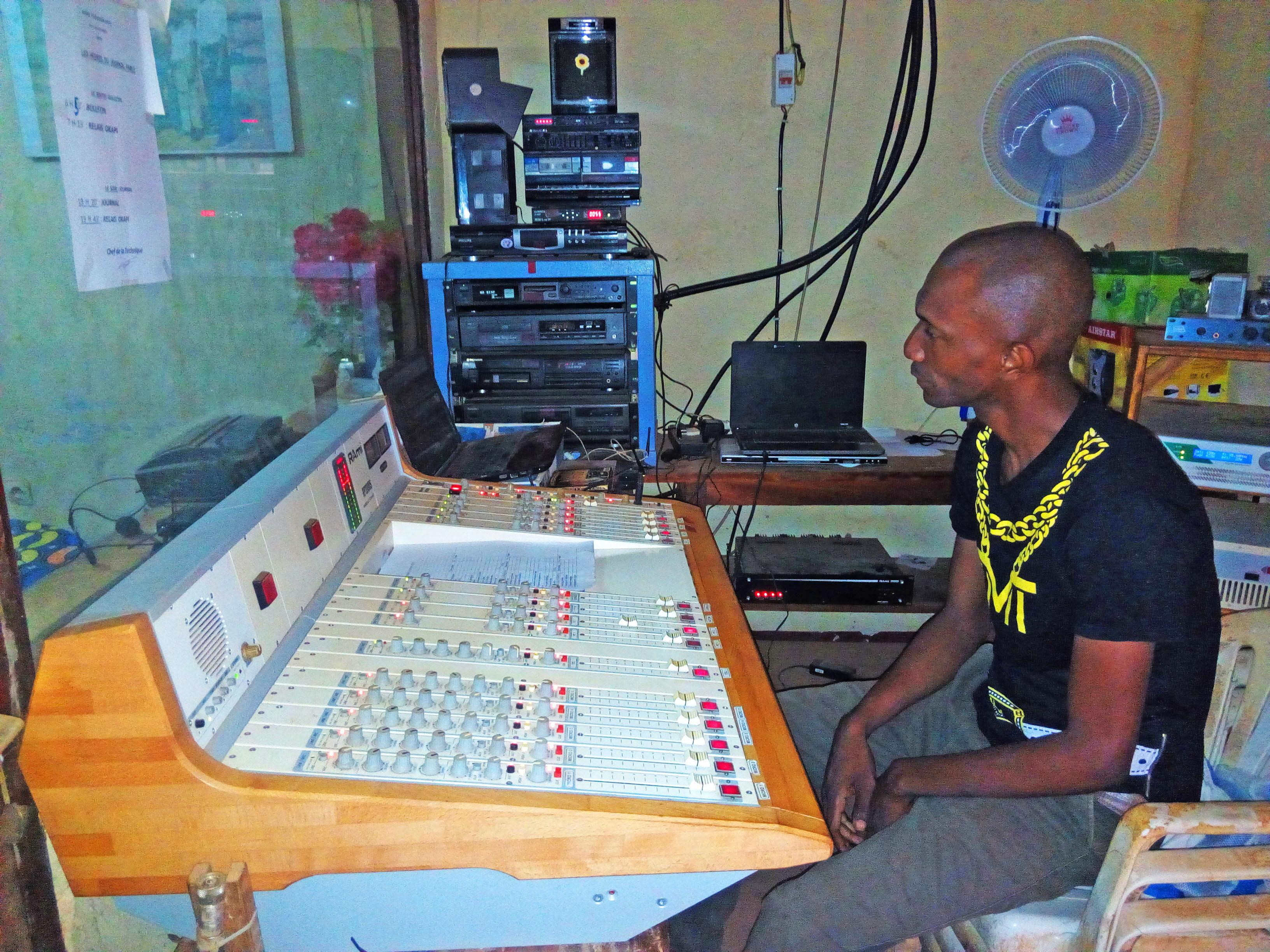 radiostation 2 bw