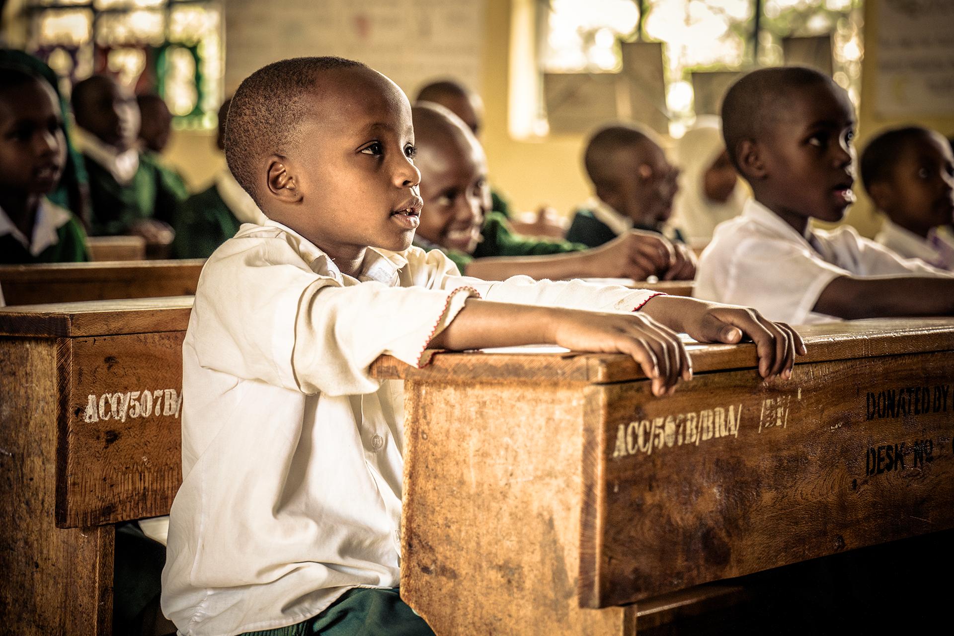 Coverfoto MERCIE magazine Recht op Onderwijs